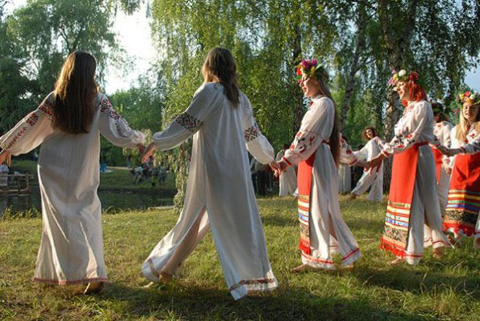 """До становления христианства на Руси существовало """"народное"""" венчание"""
